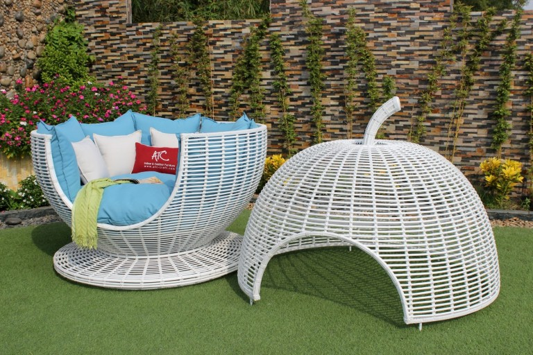 eagle wicker furniture outdoor rattan sun lounger chair