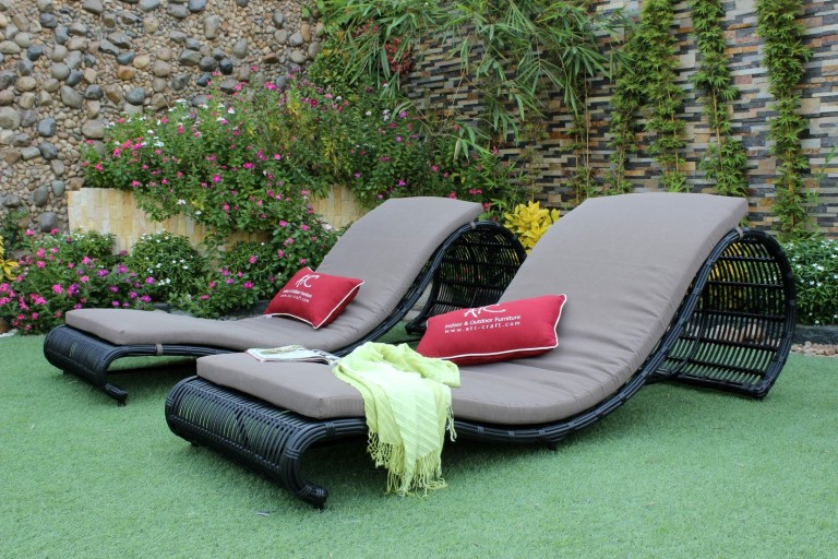 eagle outdoor rattan furniture wicker sun lounger chair