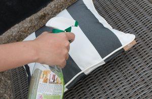 Dễ dàng vệ sinh tẩy rửa với vải Sunbrella