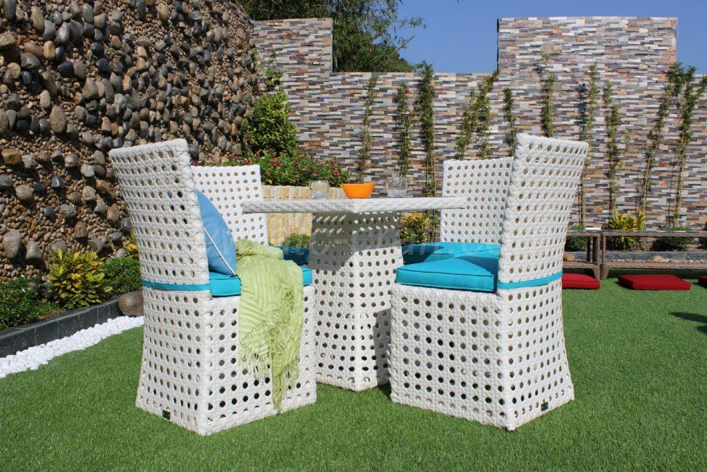 Bộ bàn ghế nhựa giả mây thiết kế sang trọng và độc đáo