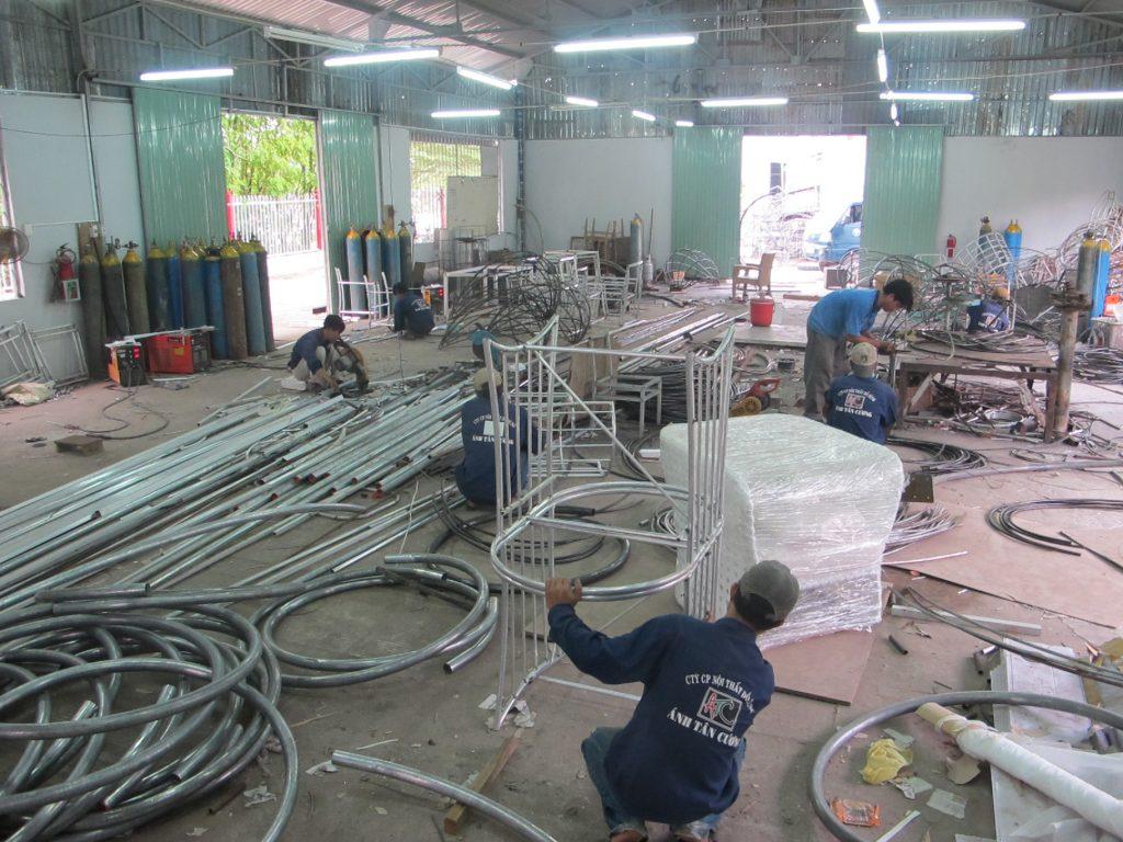 Ứng dụng của Inox trong sản xuất nội thất cao cấp tại ATC Furniture