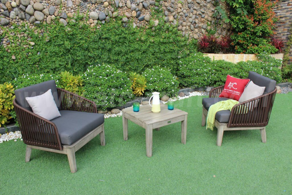 Chọn kích thước bàn ghế sofa không phù hợp, quá nhỏ hoặc quá lớn